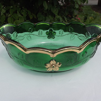 Emerald Green/Gold bowl - Glassware