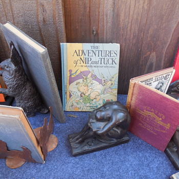"A Closer Look at the ""Solitude"" Bookends"