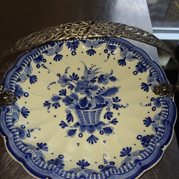 Delfts plate with handle - Art Pottery