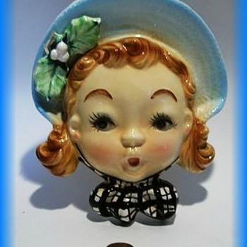Ceramic WALL VASE - A Real Cutie !!!!! - Art Pottery