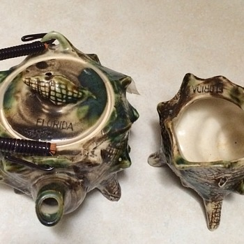 Florida Souvenir  Shell Teapot and Creamer