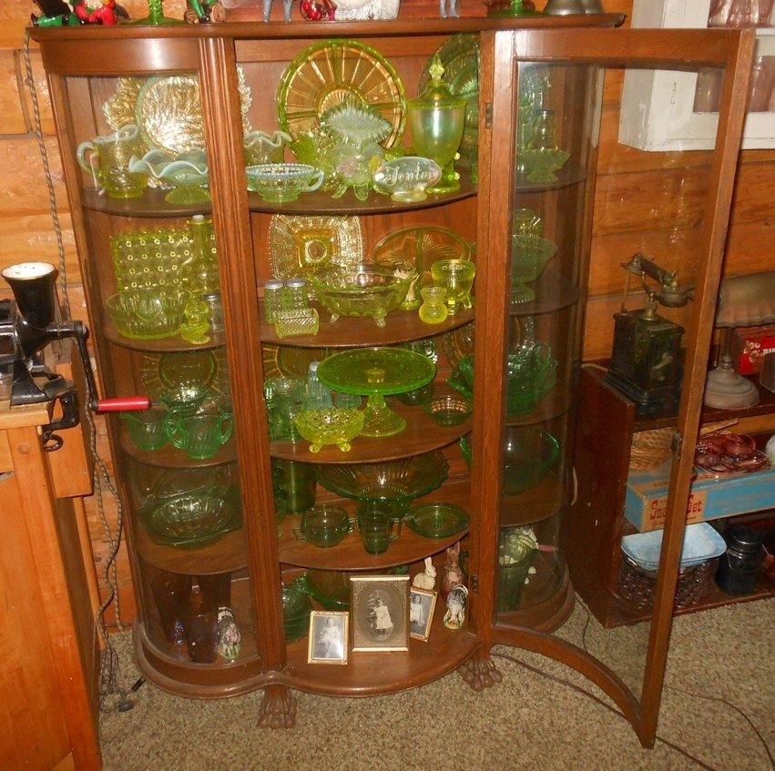 China Curio: Vintage Curved Glass China/Curio Cabinet