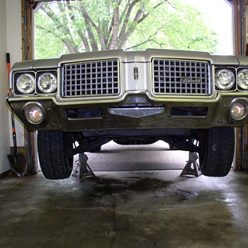 "1972 cutlass supreme ""V"" code"