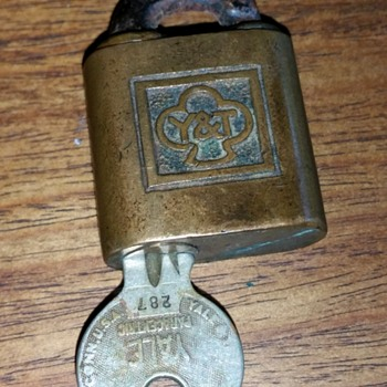 """Y & T"" Key Lock with unusual square logo"