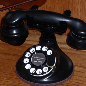 Western Electric model 102  - Telephones