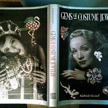 """Gems of Costume Jewelry"" by Gabriele Greindl /1st Ed. English Version 1991 Abbeville Press Inc. N.Y                           - Books"