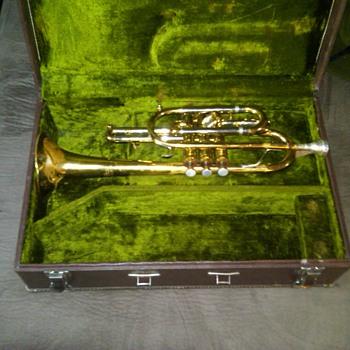 getzen cornet  - Musical Instruments