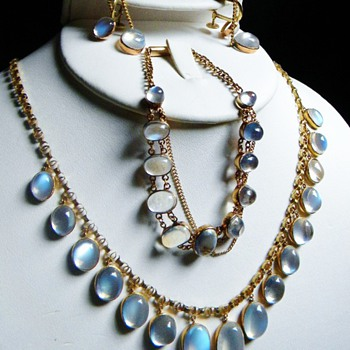 Antique Victorian Ceylon Moonstone 15kt Parure Necklace Earrings Bracelet - Victorian Era