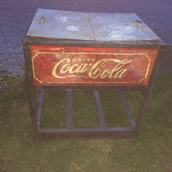 Glasscock Cooler - Coca-Cola