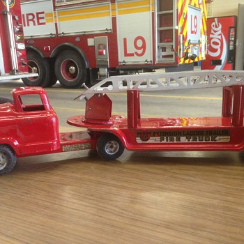 "1950's Buddy ""L"" aerial ladder Christmas project!!"