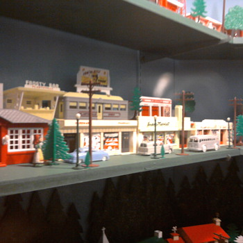 Vintage plasticville display near Lancaster, PA.