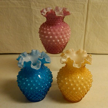 STUNNING SET OF FENTON HOBNAIL OVERLAY VASES