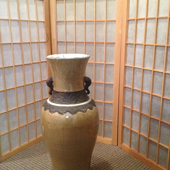 large antique vase - Asian