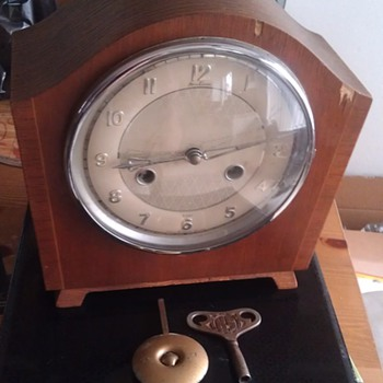 Vintage Bentima 8 Day Great Britain Clock - Clocks