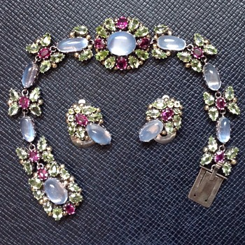 Dorrie Nossiter Bracelet and Earrings - Fine Jewelry