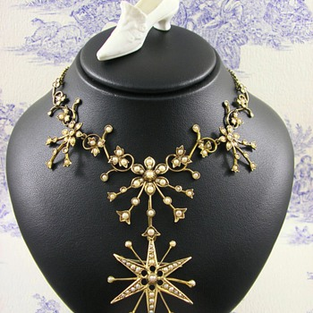 Belle Epoque 15ct Gold Seed Pearl Necklace with detachable Brooch c1910