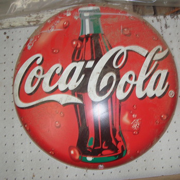 coke button    plastic