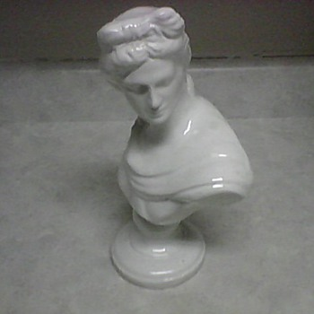 C.A.S.A. CAMERI WINE  BUST DECANTER