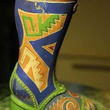 Mexican - Aztec pattern? - Boot