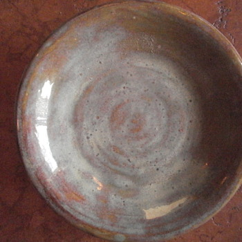 pottery stamped AGL - Art Pottery