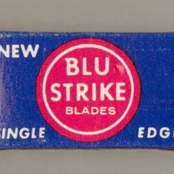 1950's - BLU STRIKE Razor Blades - Accessories