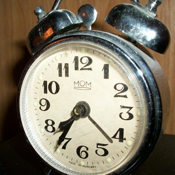 The Little MOM  clock - Clocks