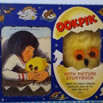 Ook Pik - Books