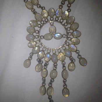 Moonstone necklace - no ID marks - any thoughts?