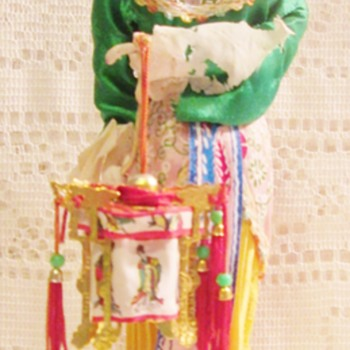 Chinese lady holding lantern - Asian