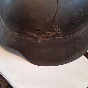 war helmet  - Military and Wartime