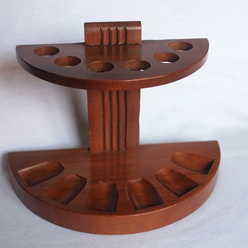 Art Deco Mid-Century 6-Hole Wood Smoking Pipe Holder/Stand - Tobacciana