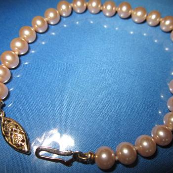 pearls  bracelet