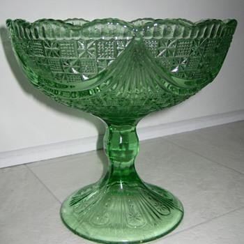 pressglass pedestal compote
