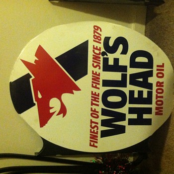 Wolf's Head Motor Oil Metal Sign