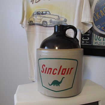 Sinclair Stoneware Jug.