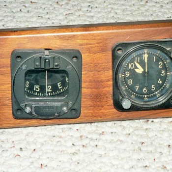 WWII AIRCRAFT COMPASS AND CLOCK