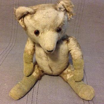Who is my old teddy bear - Dolls