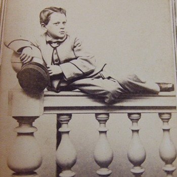 Unusual pose in Civil War cdv