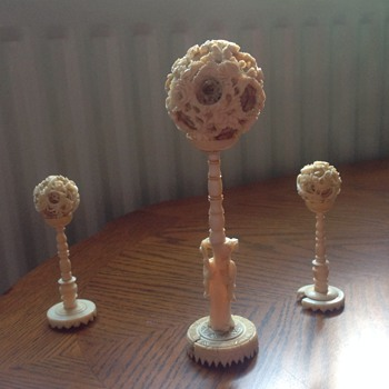 Ivory puzzle balls and stands