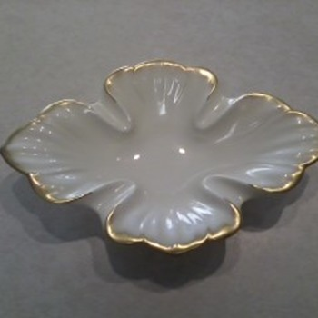 Lenox Dish - China and Dinnerware
