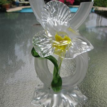 Kralik Art Nouveau Daffodil Floriform Vase Czechoslovakia  - Art Glass