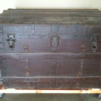 Canvas-covered trunk