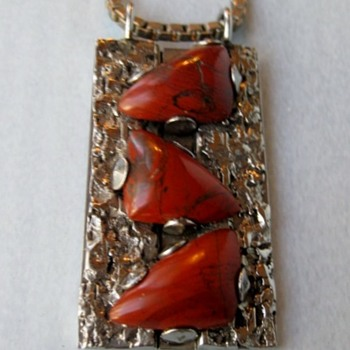 Nickel 1970's poppy jasper pendant - Fine Jewelry