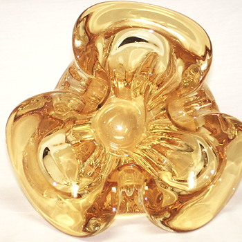 "Smoke Glass Bowl""Chalet""Canada - Art Glass"