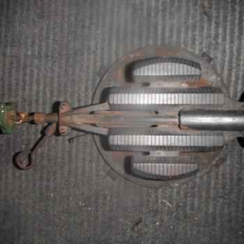 A Rare Antique Cast Iron Burner  - Petroliana