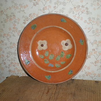 Traditional Bulgarian ceramic plate.
