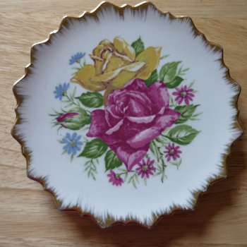 Decorative Flower Plate - China and Dinnerware