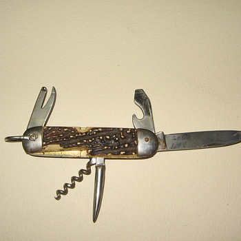 Pocket Knives - Tools and Hardware