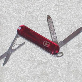 1996 Victorinox Swiss Army Penknife - Tools and Hardware