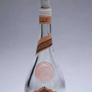 rare miniature bottle CLOS SAINT ODILE by RENE LALIQUE